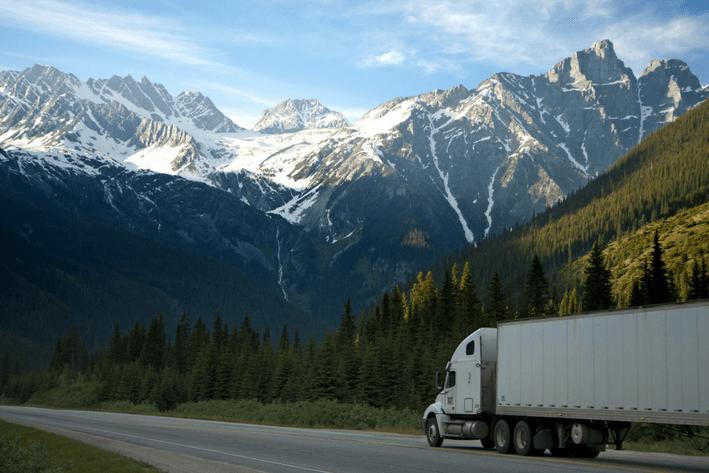 Los camiones pesados han llegado a un límite de transporte gracias al Ecommerce