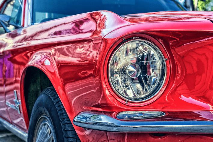 con la cobertura de accesorios de tu compañía de seguros, tu auto estará protegido.
